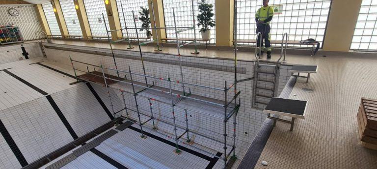 Ställning för underhållsarbete - Hudiksvalls badhus