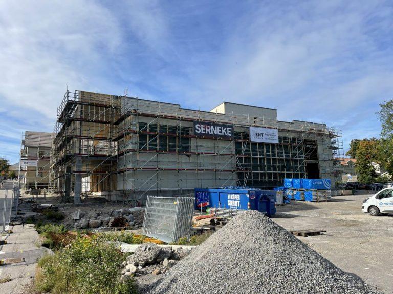 Ställningsbyggnation vid nya tingsrätten i Hudiksvall
